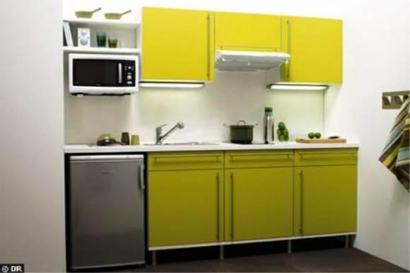 Маленькая кухня в один ряд