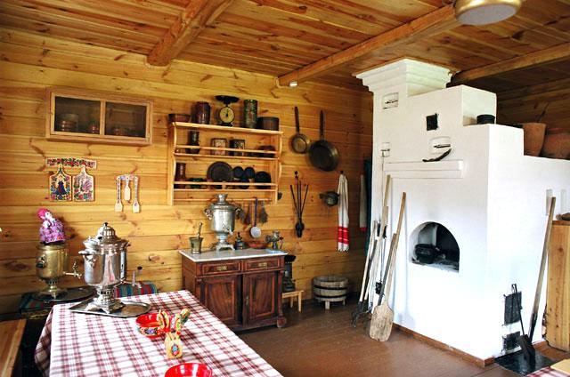 Кухня, пристроенная к бане