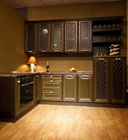 классическая угловая кухня