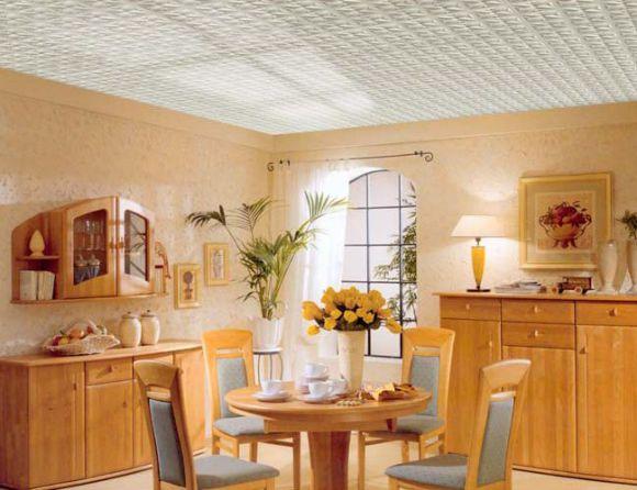 отделка кухни потолочной плиткой
