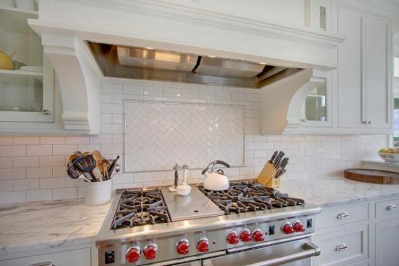 red-kitchen-design-decorating-ideas-3
