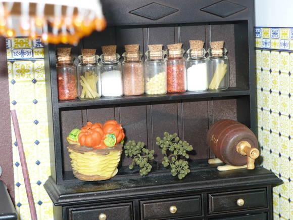 Старинная кухонная мебель
