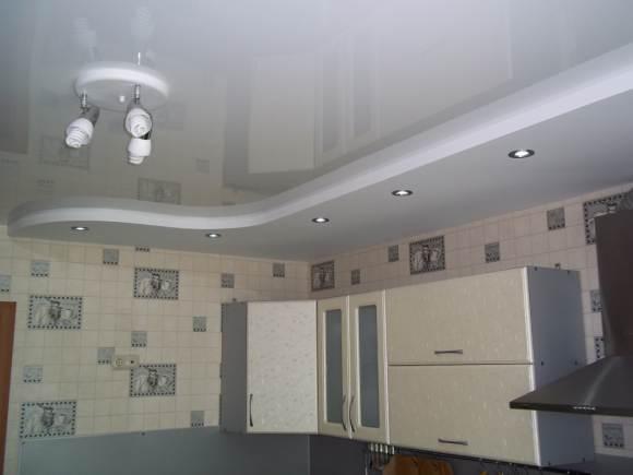 кухня должна быть освещена достаточно