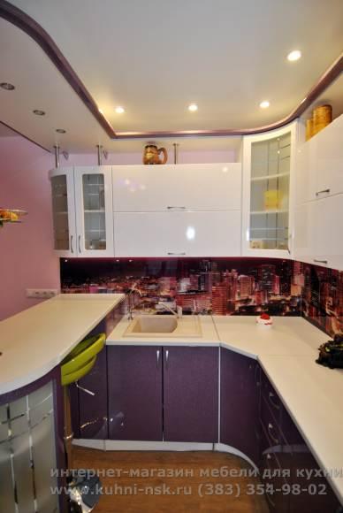 Стойка на маленькой кухне